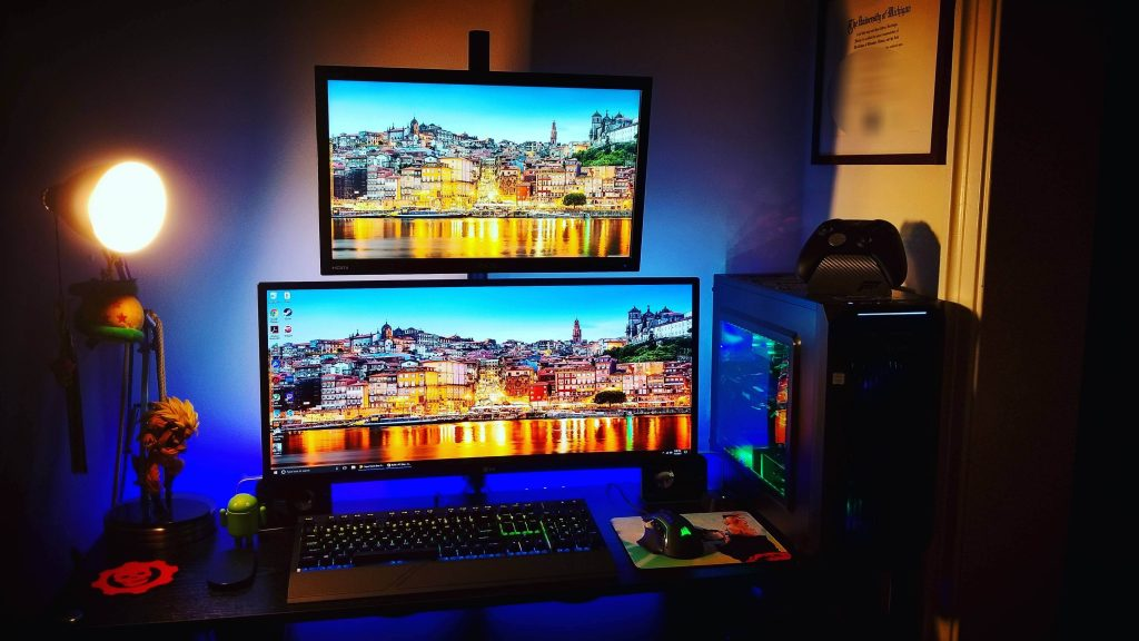 How to move full-screen program to second monitor
