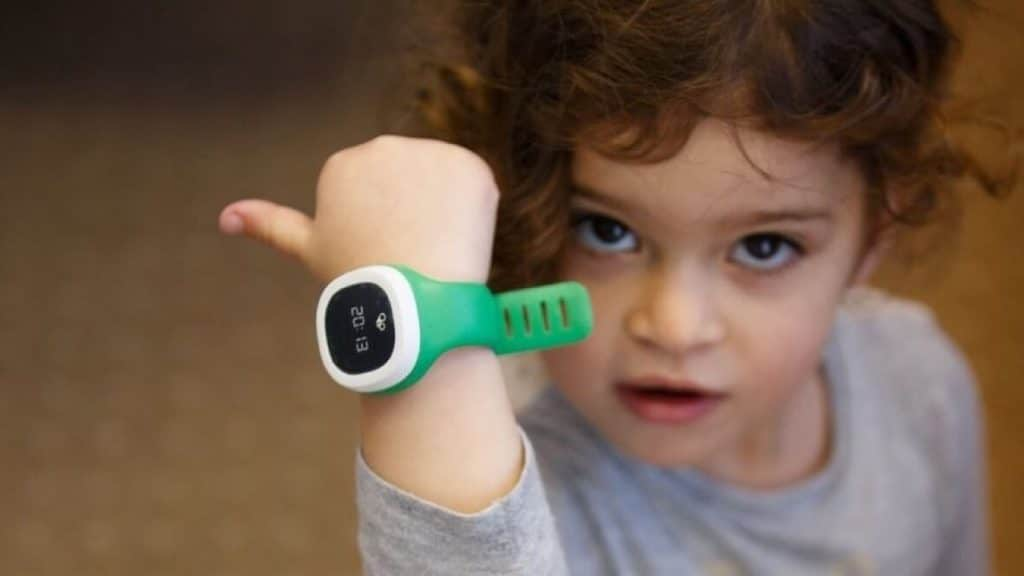 Top 5 Best GPS Trackers for Kids to buy in 2021 - Reviews & Guides