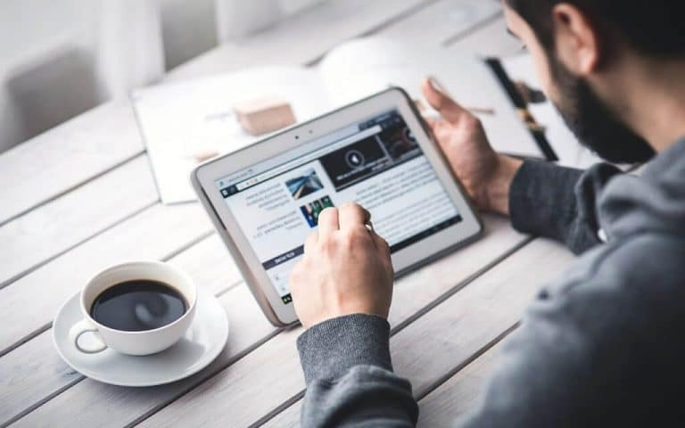 Best Tablet for Writing to Buy in 2021 – Top 5 for Writers
