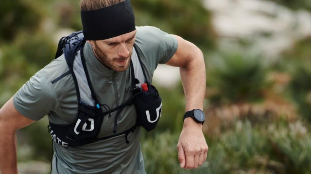 Top 7 Best GPS Watches for Hiking to buy in 2021 - Reviews & Guides